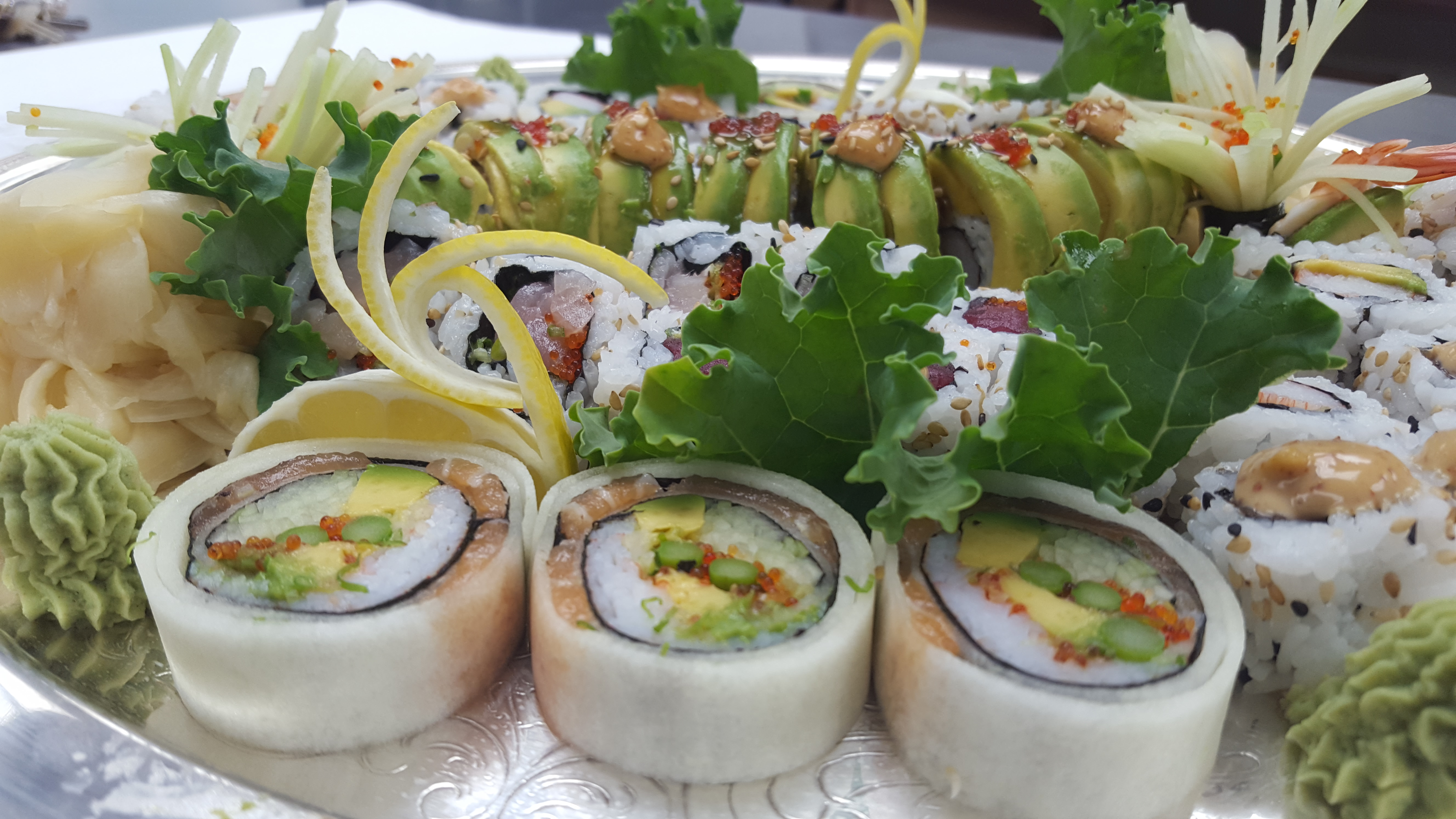 Cucumber Roll with Salmon & Crab